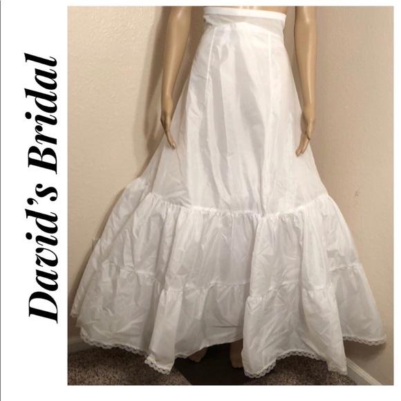 0b8336f9f5 David s Bridal Intimates   Sleepwear